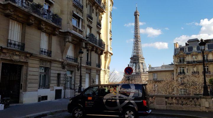 Affinitive van working in Paris